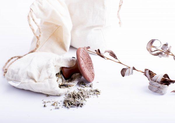 Lniane i pumeks to idealna para dla pięknych stóp